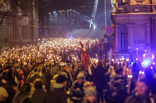 Torchlight procession, Riga