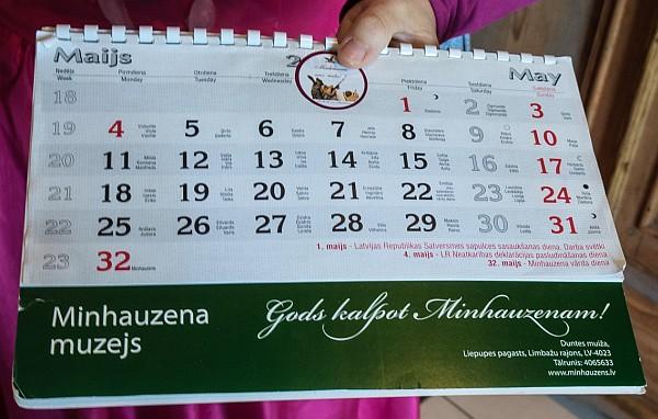 The 32th May of Baron Munchausen