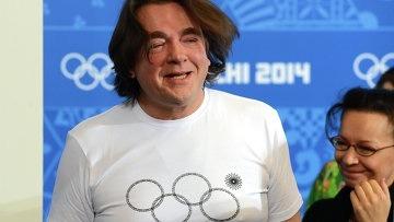 Sochi 2014: the `missing ring`, Ernst`s T-Shirt